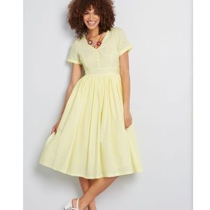 Modcloth button front yellow sundress NWT